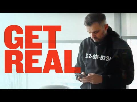 How to Win by Being Yourself | DailyVee 591